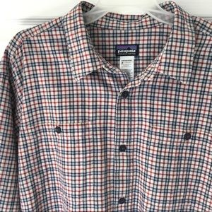 Men's Patagonia button down size large